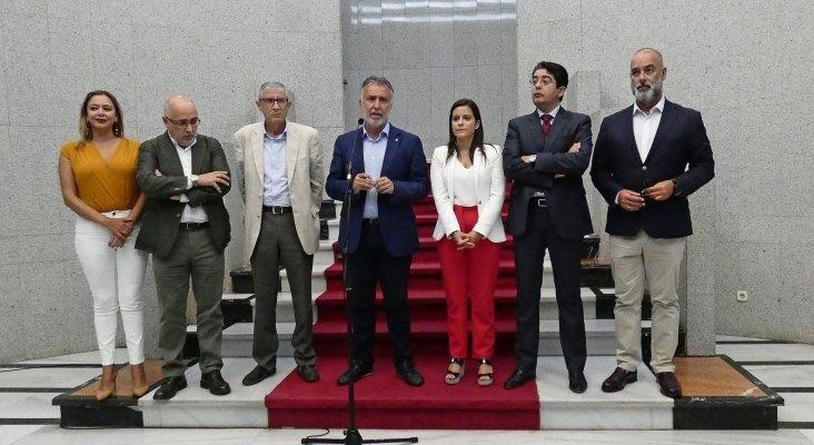 María Dolores Corujo (Lanzarote), Antonio Morales (Gran Canaria), Juan Salvador León (Gobierno de España), Ángel Víctor Torres, Yaiza Castilla (Gobierno de Canarias), Pedro Manuel Martín (Tenerife), Moisés Jorge (Fuerteventura)