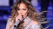 Denuncian a Jennifer López por enseñar mucho durante su concierto en Egipto