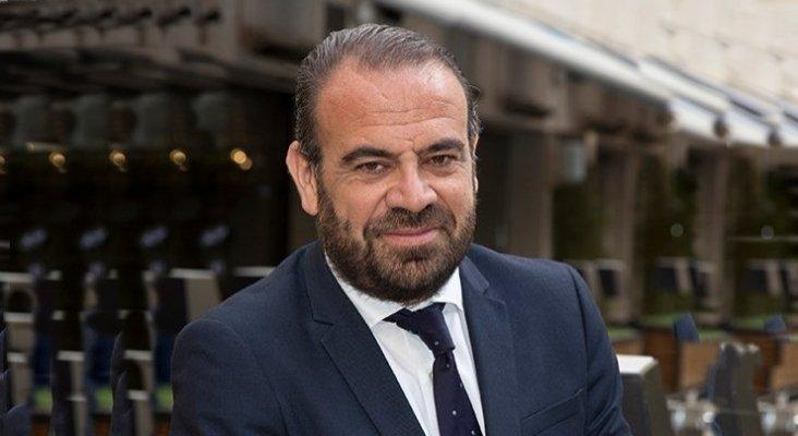 """Gabriel Escarrer (Exceltur): """"¡España debería vacunar a 300.000 personas al día!"""""""