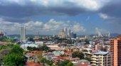 Ciudad de Panamá revitaliza las zonas verdes de sus calles