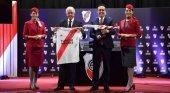 Turkish Airlines, nuevo patrocinador del River Plate| Foto: Rodolfo D'onofrio, presidente del River Plate (izq) y M. İlker Aycı, presidente de la junta directiva de Turkish Airlines