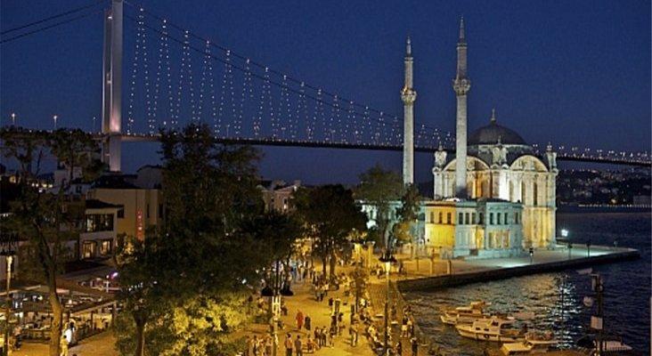 Holland America Line lanza cruceros nocturnos en Estambul | Foto: Estambul