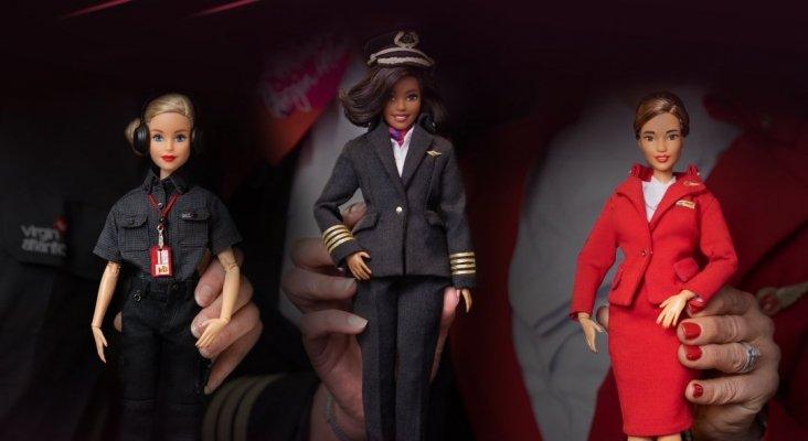 Virgin Atlantic convierte a sus pilotos, tripulantes e ingenieros en 'Barbies' Foto: Travel Mole
