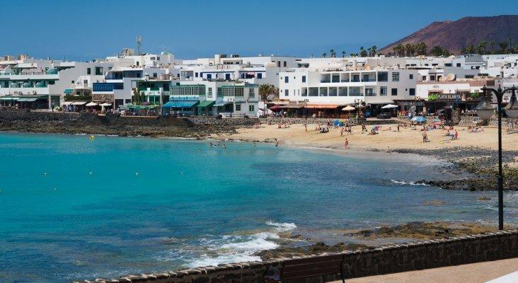 Condenan a un turista británico por abusos sexuales, contra una camarera de pisos, en Lanzarote | Foto: Playa Blanca, Lanzarote- turismolanzarote.com