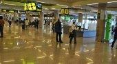 75% de descuento: El billete de los mallorquines triplica el precio al de un peninsular | Foto: Aeropuerto Palma de Mallorca- Arodriguezgo (CC BY-SA 4.0)