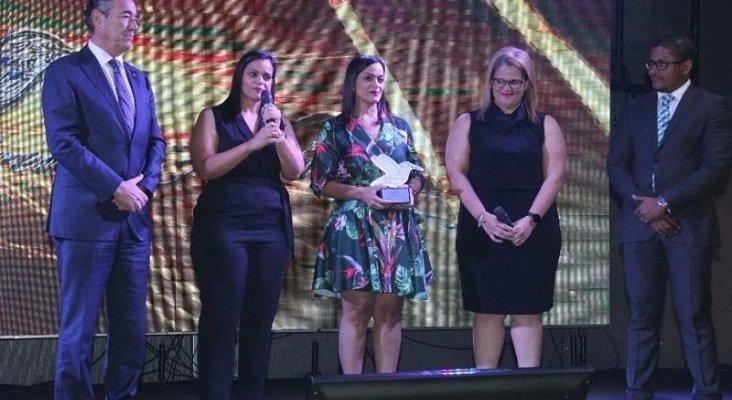 Santo Domingo celebra la tercera edición de los premios ADOTUR   Foto: Hoy digital