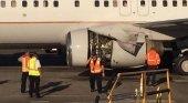 Un Boeing 737-800 aterriza de emergencia tras abrirse la cubierta del motor | Foto: On The Wings of Aviation