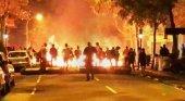 EE.UU. lanza alertas para turistas que viajen a Barcelona | Foto: Disturbios en Barcelona vía Ok Diario