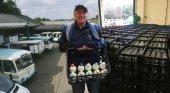 La figura del lechero vuelve a Londres para reducir los niveles de plástico | Foto: La Voz del Despertar