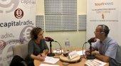 Javier Morales, ingeniero del Centro Espacial de Canarias, y Erika Ramírez, presentadora de Bungalow103, durante el programa dedicado al turismo espacial.