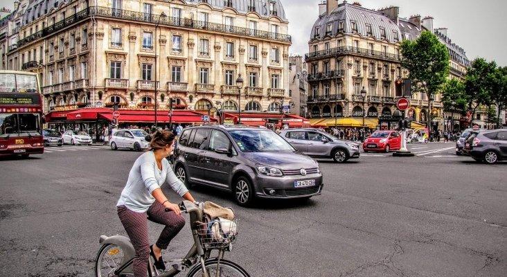 París: 320 kilómetros adicionales de carriles bici, peatonalización y castigo al coche