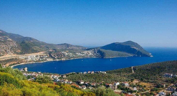 Vistas de la costa de Antalya, en la Riviera Turca (Turquía)