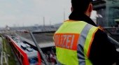 Policía alemán en la estación de tren