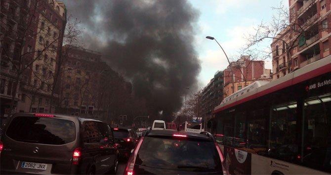 Barricada de fuego en Barcelona