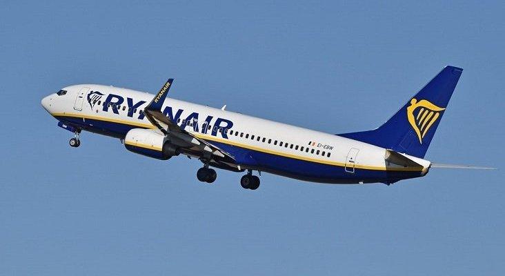 Ryanair se ve obligada a dejar en tierra tres Boeing 737NG| Foto: Alan Wilson (CC BY-SA 2.0)