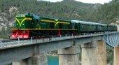 El turismo salva la segunda línea de cercanías más lenta de España