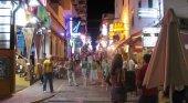Vuelve el ruido a West End (Ibiza): los locales podrán cerrar dos horas más tarde | Foto: Eduardo Pitt (CC BY-SA 2.0)