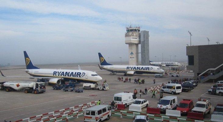 Ryanair llega a un acuerdo 'in extremis' con los empleados para mantener su base en Girona   Foto: Allplane  (CC BY 2.0)