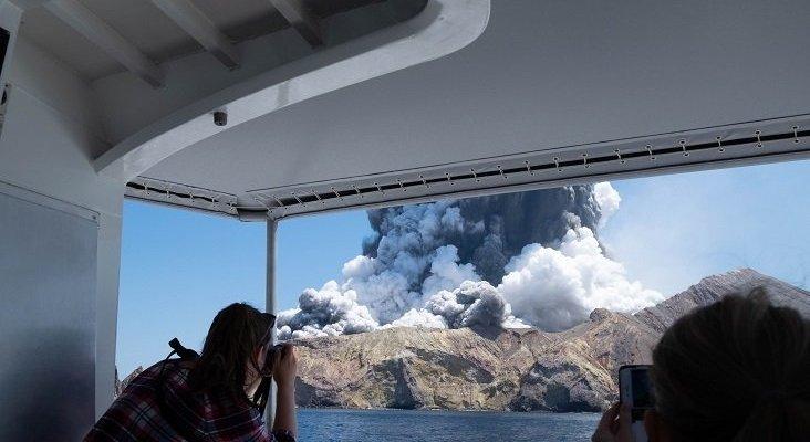 Pasajeros de Royal Caribbean fallecidos tras la erupción de volcán en Nueva Zelanda| Foto: Michael Schade vía Twitter