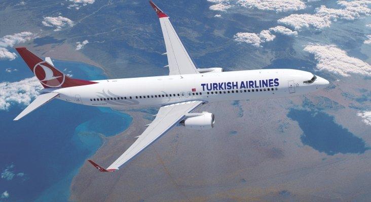 Boeing 737 900