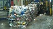 La estrategia de sostenibilidad del sector turístico de Canarias choca con el suspenso en reciclaje