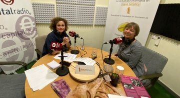 Urlike Güse, fundadora de Islas Púrpuras, proyecto de vacaciones activas y creativas en el ámbito textil, y Erika Ramírez, presentadora de Bungalow103.
