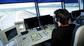 Controladores aéreos   Foto: EP