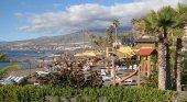 Nace un nuevo lobby turístico: el Círculo Turístico de Canarias | Foto: Playa de las Américas (Tenerife)- seeareelem (CC BY-SA 2.0)
