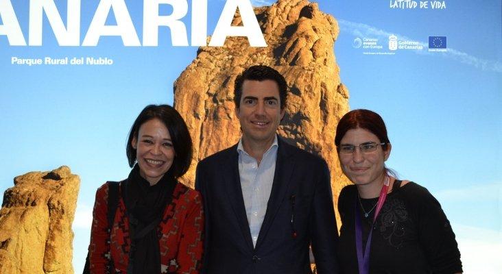 Ruth González, Pablo Llinares, director gerente de Turismo de Gran Canaria y Amor Alonso