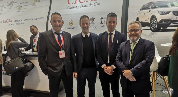 Javier Sosa, CICAR, Carli Monzón, director comercial y comunicación Canaryfly, Carlos Cabrera, miembro del equipo directivo CICAR, e Ignacio Moll