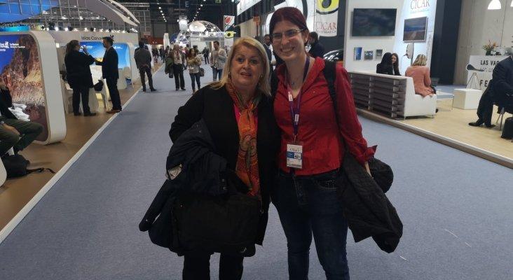 Joanne Wilkinson, purchasing en easyJet Holidays y Amor Alonso