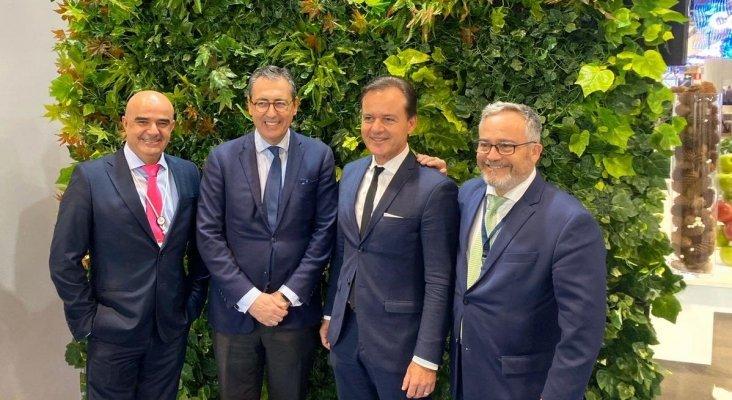 Alfredo Díaz, asociado de Hoteles THe, Carlos Gimeno, consejero de Hoteles THe, Hans Müller, contratación DER Touristik e Ignacio Moll