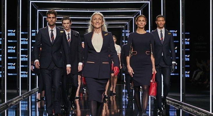 Iberia presenta su nuevo uniforme en la pasarela de la MBFWMadrid