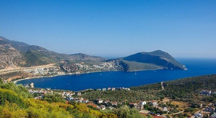 Mondial Tourisme aumenta un 50% sus vuelos directos a Antalya (Turquía)
