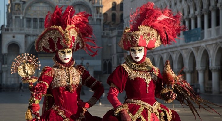 cae_Cae la afluencia del Carnaval de Venecia