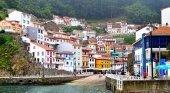 El sector turístico de Asturias dividido por la ecotasa | Foto: Cudillero, Asturias