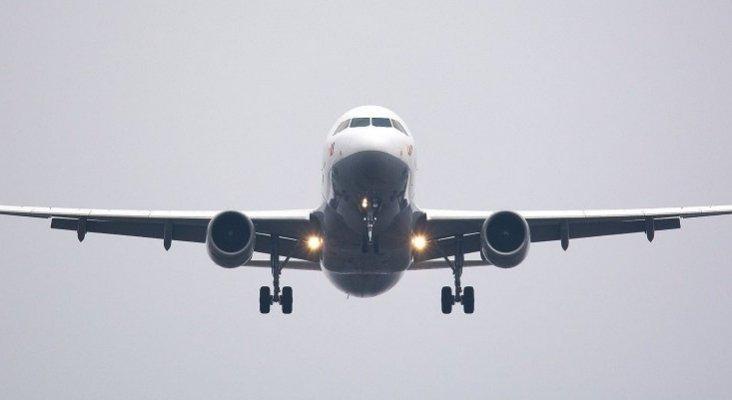 España estudia nuevos impuestos a los billetes aéreos y a los plásticos