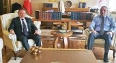 Hüseyin Baraner, fundador de Tourexpi, el ministro de Turismo de Turquía, Nuri Ersoy