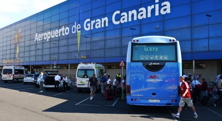 Servicios públicos de transporte gratuito para los turistas varados en Gran Canaria   Foto: Håkan Dahlström (CC BY 2.0)