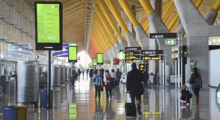 Aena reorganiza las instalaciones de sus aeropuertos   Foto: Pop9000 (CC BY-SA 4.0)