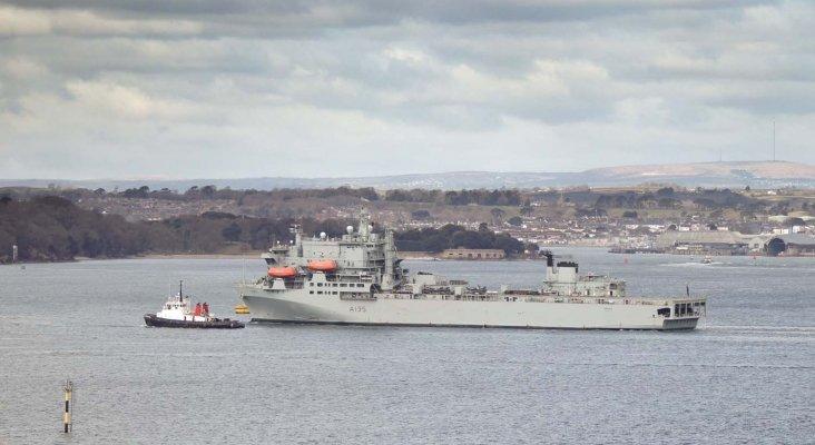 Reino Unido, EE.UU. y Francia despliegan buques militares en el Caribe