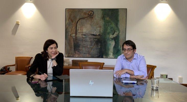 Rosana Morillo y Iago Negueruela, responsable de Turismo en Baleares.