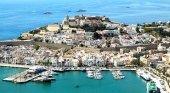 Los hoteleros de Ibiza estudian lanzar una agencia de viajes 'online'