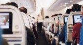 """Airbus explica por qué """"no es necesario"""" dejar asientos libres en los aviones"""