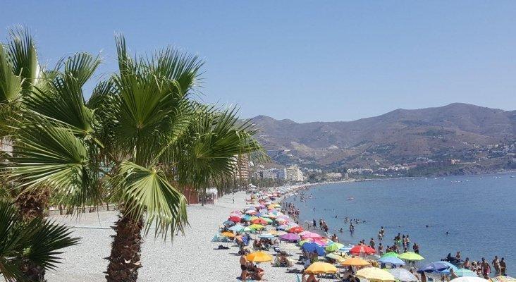Las playas de Andalucía reabrirán al 50% de su capacidad   Foto. Playa Velilla - Almuñécar - Granada - Andalucía