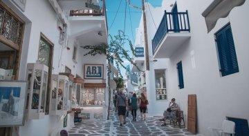 Grecia se abre al turismo internacional pero veta a los británicos | Foto: Miconos, Grecia