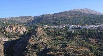 Un pueblo de Granada, posible destino piloto para el relanzamiento del turismo rural | Foto: bodoklecksel (CC BY-SA 3.0)