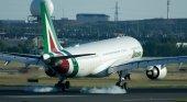 Alitalia Airbus A33-200 EI-EJI (1) Autor: BriYYZ (CC BY-SA 2.0)