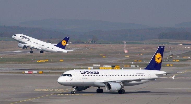 Lufthansa renuncia a 24 'slots' y ocho aviones para ser rescatada por Alemania