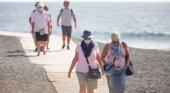 Canarias estudia pagar los test de COVID-19 a los turistas